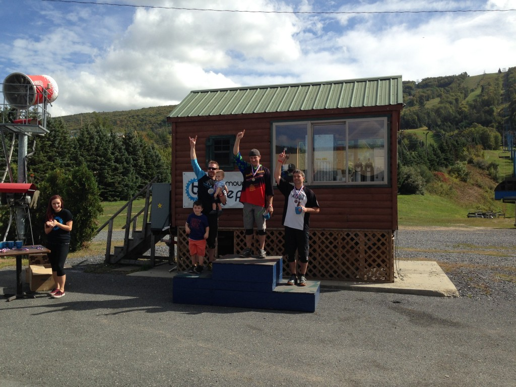 40+ podium: 1st Fred Heinly, 2nd Dan Whitehead & 3rd Tony Pajakinas